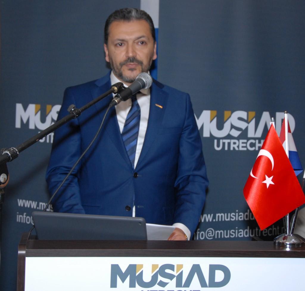 MÜSİAD Ütrecht Başkanı Ali Köklü İftar Yemeği Nijkerk (1)